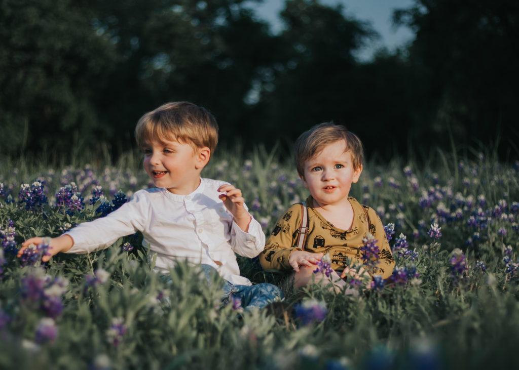 brother, bluebonnet, austin, texas, sibling, autism, autistic, the autism cafe, autiste, asd, asperger, relationship, mom, mommy, blog, blogger, pinterest, toddler, baby, babies, bro