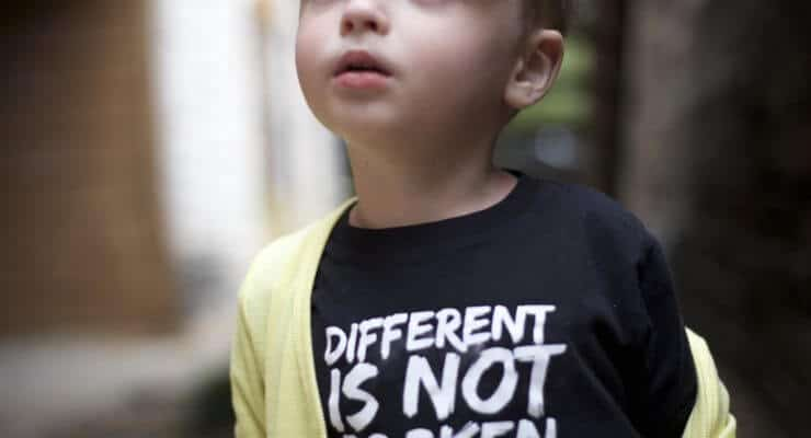Autistic kids fashion Mon blog blogger autism Pinterest diy mommy parenting special needs autistic asd Disney Baby clothes toddler style ootd