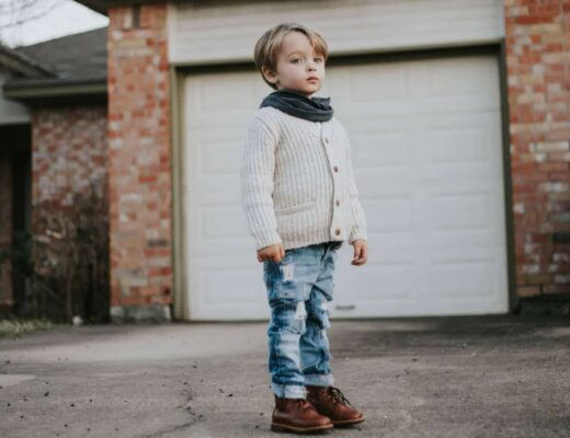 Mikoleon boots shoes Sewing Cloth diaper diapers hybrid fitted Autistic kids fashion Mon blog blogger autism Pinterest diy mommy parenting special needs autistic asd Disney Baby clothes toddler style ootd Tutorial
