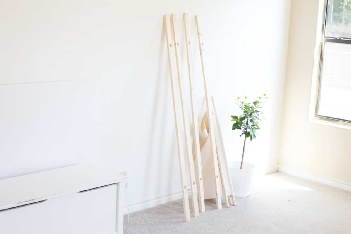 Diy How To Make A Wooden Clothing Rack For Your Toddler The