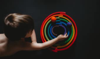 How to stimulate your child's imagination and creativity