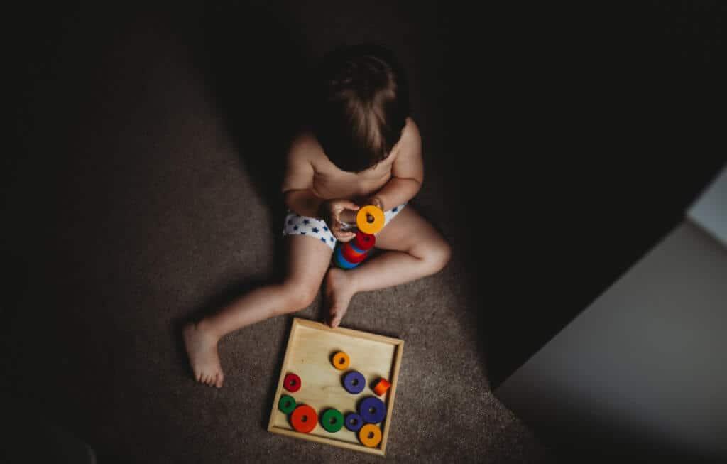 grimm's wooden toys jouets enfants autism mom blog autistic autisme maman