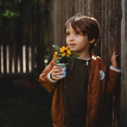 Flower pot DIY to do with your kiddos to celebrate Earth Month