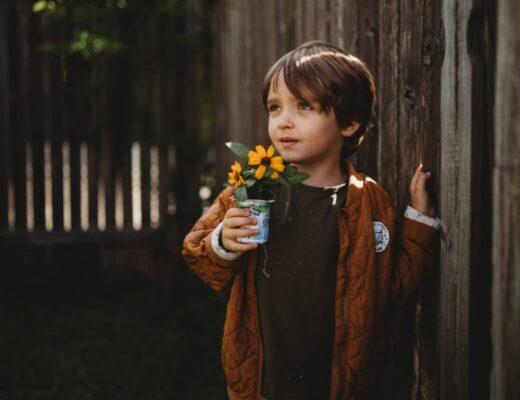 autism mom blog stonyfield earth day DIY